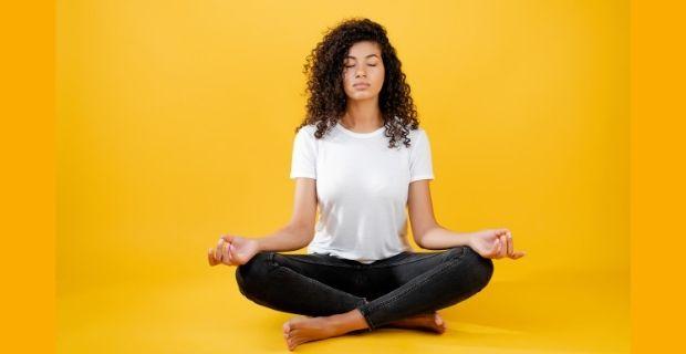 La relation entre le yoga et les chakras